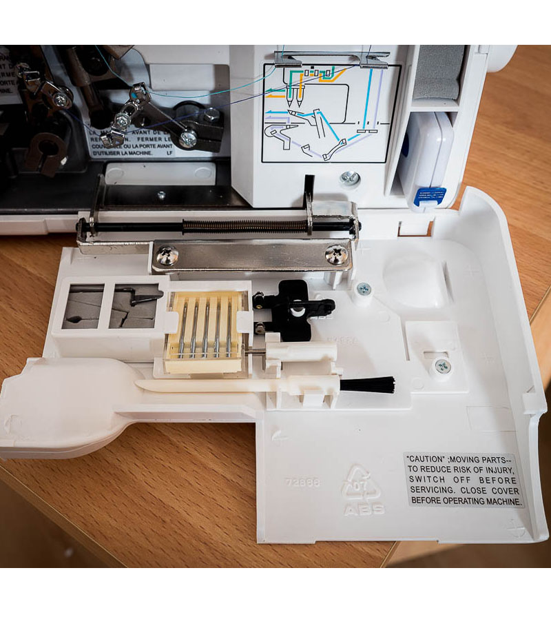 Jaguar Sewing Machine Supa Lock 486 detail 6